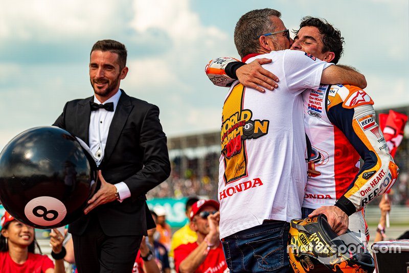 Campeón del mundo Marc Márquez, Repsol Honda Team con su tío Ramón Márquez