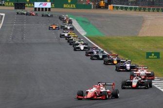 Marcus Armstrong, PREMA Racing leads Leonardo Pulcini, Hitech Grand Prix and Robert Shwartzman, PREMA Racing