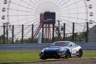 #35 KCMG Nissan GT-R NISMO GT3: Tsugio Matsuda, Katsumasa Chiyo, Joshua Burdon