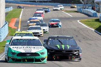 Joey Logano, Team Penske, Ford Mustang MoneyLion, Kurt Busch, Chip Ganassi Racing, Chevrolet Camaro Monster Energy