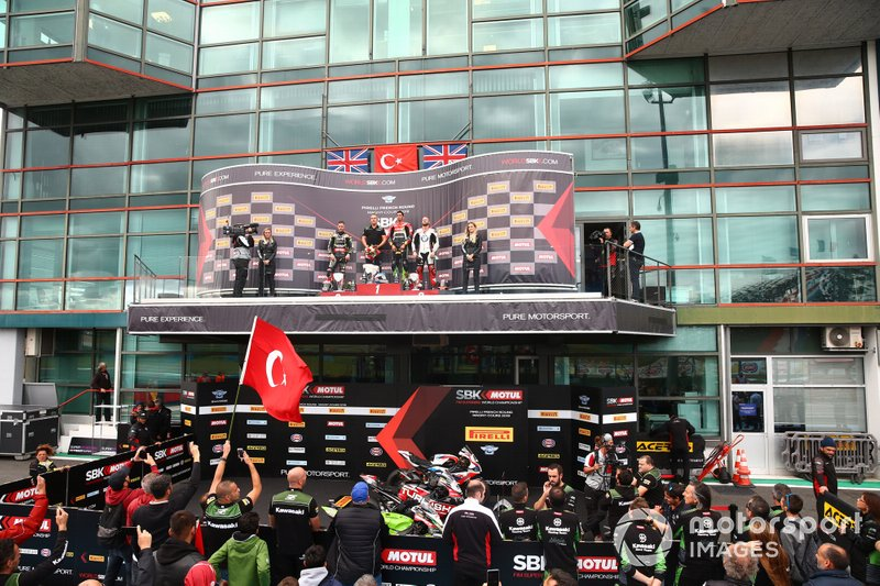 Jonathan Rea, Kawasaki Racing Team, Toprak Razgatlioglu, Turkish Puccetti Racing, Tom Sykes, BMW Motorrad WorldSBK Team