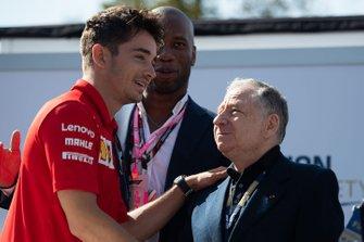 Charles Leclerc, Ferrari, y Jean Todt, Presidente, FIA