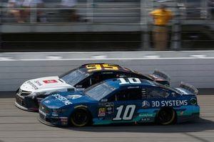 Aric Almirola, Stewart-Haas Racing, Ford Mustang 3D Systems Matt DiBenedetto, Leavine Family Racing, Toyota Camry Toyota Express Maintenance