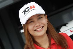 Grid girl TCR