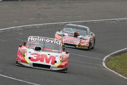 Segundo lugar Mariano Werner, Werner Competicion Ford, y el tercer lugar Facundo Ardusso, JP Racing