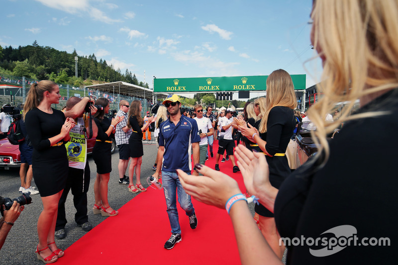 Felipe Nasr, Sauber F1 Team on the drivers parade