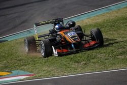 Ausritt: Harrison Newey, Van Amersfoort Racing Dallara F312, Mercedes-Benz