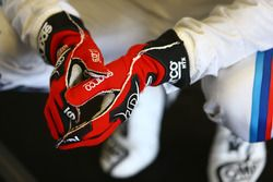 Detalle de guantes