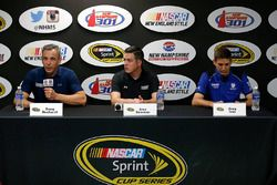 Doug Duchardt, Hendrick Motorsports general manager, Alex Bowman and Greg Ives, Dale Earnhardt Jr.'s crew chief