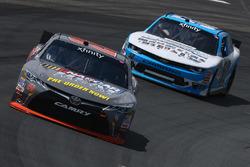 Erik Jones, Joe Gibbs Racing Toyota, Joey Gase, Chevrolet