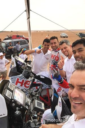 CS Santosh e Joaquim Rodrigues con Hero MotoSports Team Rally