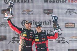 Overall podium: ganadores, Eric Curran, Dane Cameron, Action Express Racing