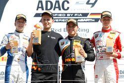 Podium: Sieger Joseph Mawson, Van Amersfoort Racing; 2. Mike David Ortmann, Mücke Motorsport; 3. Nic