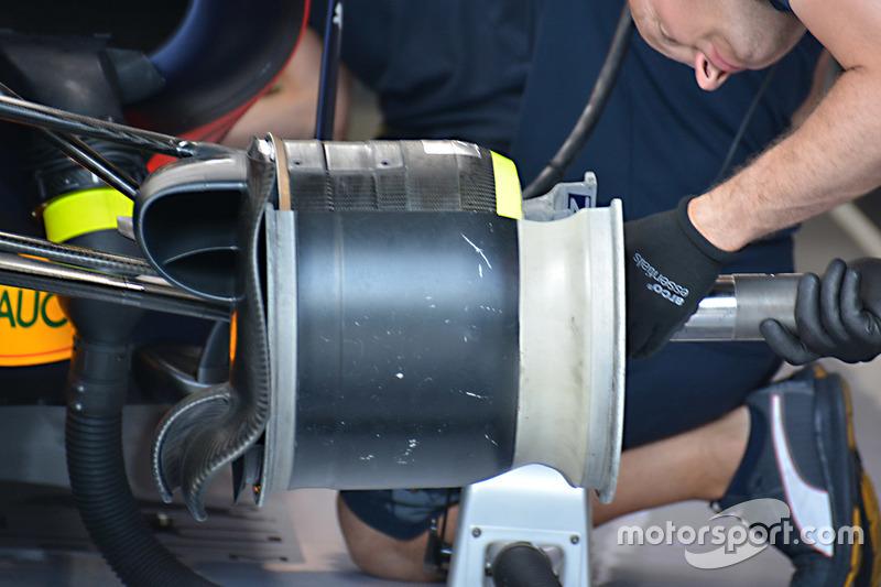 Red Bull Racing RB12: Abgeschnittene Felge
