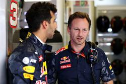 Christian Horner, Red Bull Racing, Team Principal et Daniel Ricciardo, Red Bull Racing