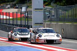#99 Precote Herberth Motorsport Porsche 911 GT3 R: Robert Renauer, Martin Ragginger und #17 KÜS TEAM