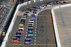 Start: Chase Elliott, Chevrolet leads