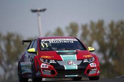 Kris Richard, Honda Civic