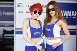 Lovely Yamaha grid girls