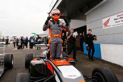 Yarış galibi Matheus Leist, Double R Racing