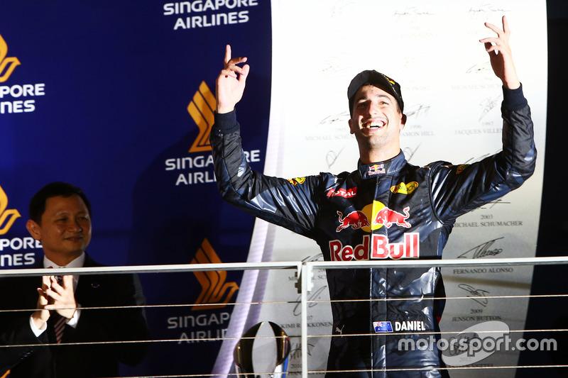 Daniel Ricciardo, Red Bull Racing festeggia il suo secondo posto sul podio
