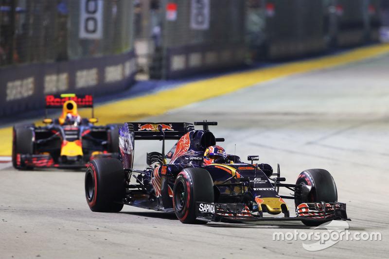 Outro duelo que chamou a atenção na prova teve Daniil Kvyat e Max Verstappen. O russo se defendeu bem na pista, mas na estratégia acabou sendo superado.
