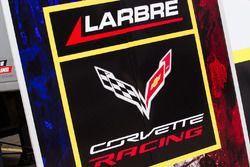 Larbre Competition zona de Paddock y logo