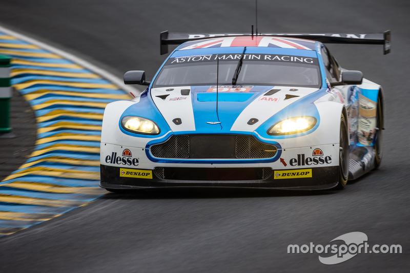 #99 Aston Martin Racing Aston Martin Vantage: Ендрю Ховард, Даррен Тьорнер, Алекс Макдауелл