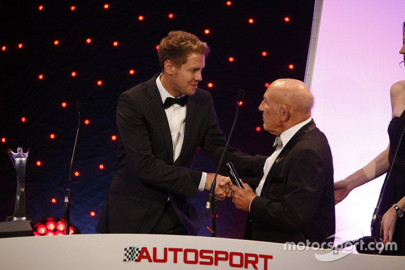 Sebastian Vettel y Sir Stirling Moss, en los Autosport Awards