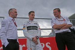 Stoffel Vandoorne,tercer piloto, McLaren F1 Team conduce el 1989 McLaren MP4/5 de Alain Prost Paddy