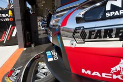 Rick Kelly yRussell Ingall, Nissan Motorsports detalle frontal coche
