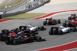 Felipe Massa, Williams FW38 voor Valtteri Bottas, Williams FW38; Nico Hulkenberg, Force India VJM09;