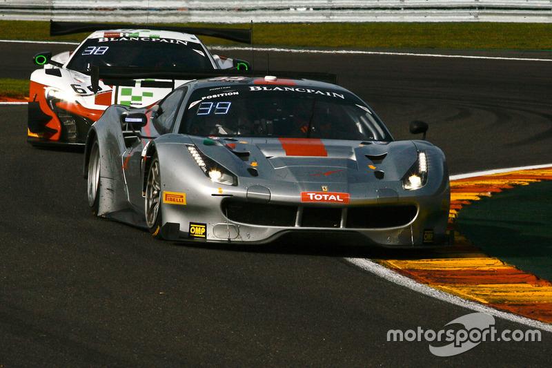 #55 AT Racing Ferrari 488 GT3: Pierguiseppe Perazzini, Thomas Flohr, Marco Cioci, Francesco Castella