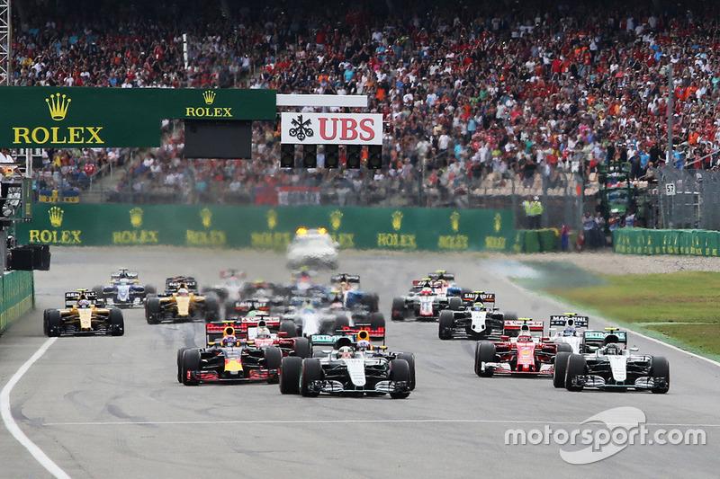 A largada do GP da Alemanha foi decisiva para o destino da prova, com Lewis Hamilton saltando à frente e...
