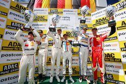 Podium: Sieger #17 KÜS TEAM 75 Bernhard, Porsche 911 GT3 R: David Jahn, Kévin Estre: 2. #99 Precote