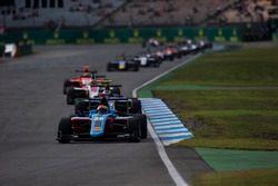 Arjun Maini, Jenzer Motorsport leads Jake Hughes, DAMS