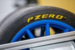 Pirelli pzero tire