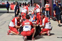 Ducati Team, meccanici a lavoro