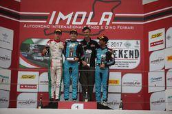 Podium: race winner Job Van Uitert, Jenzer Motorsport, second place Juri Vips, Prema Powerteam, third place Kush Maini, Jenzer Motorsport