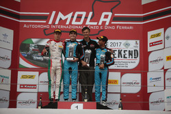 Podium: race winner Job Van Uitert, Jenzer Motorsport, second place Juri Vips, Prema Powerteam, third place Kush Maini, Jenzer Motorsport