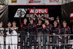 Podium 12 uur van Sepang: overwinning voor de #15 Audi Sport Team Phoenix, Audi R8 LMS: Christopher