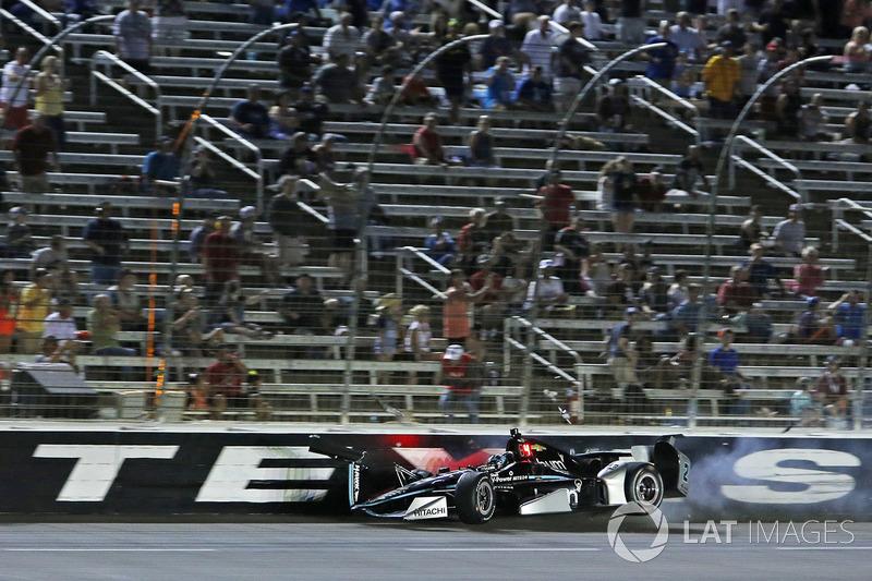 Техас: аварія Джозефа Ньюгардена, Team Penske Chevrolet