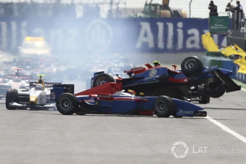 ... gewann Timo Glock die GP2-Meisterschaft.