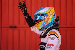 Fernando Alonso, McLaren festeggia nel parco chiuso