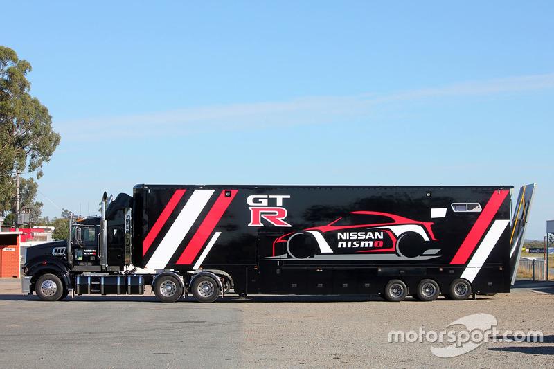 Trailer Nissan Motorsport