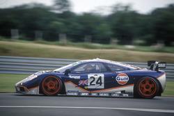 McLaren F1 GTR: Марк Бланделл, Рэй Беллм, Маурицио Сандро Сала