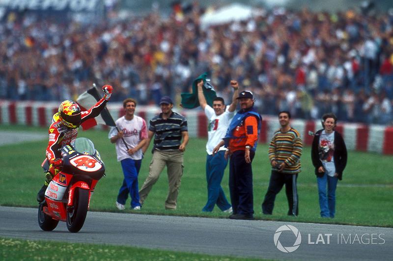 Pemenang GP 250cc Assen 1998: Valentino Rossi
