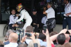 Race winner Lewis Hamilton, Mercedes AMG F1 and Billy Monger