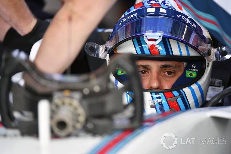 Felipe Massa, Williams FW40 Felipe Massa, Williams FW40 steering wheel detail