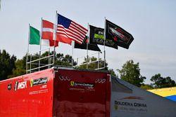 #62 Risi Competizione Ferrari 488 GTE: Giancarlo Fisichella, Toni Vilander paddock atmosphere